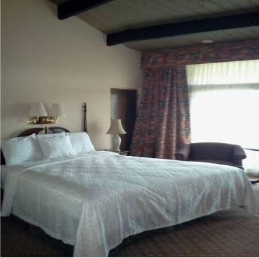 фото Atwood Lake Resort & Golf Club 844233502