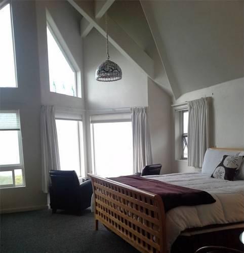 фото The Seaside Oceanfront Inn 844243922