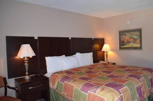 фото Pinetree Inn 844266546