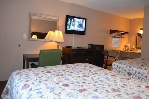 фото Pinetree Inn 844266548