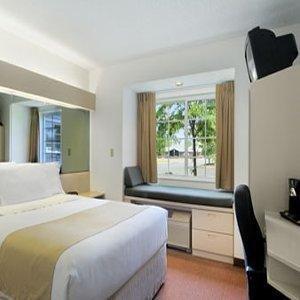 фото Microtel Inn And Suites Seneca Falls 845382617