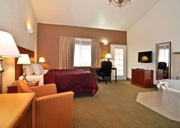 фото Comfort Inn 846987079