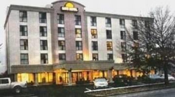 фото Days Hotel-Boston/Cambridge 847035041