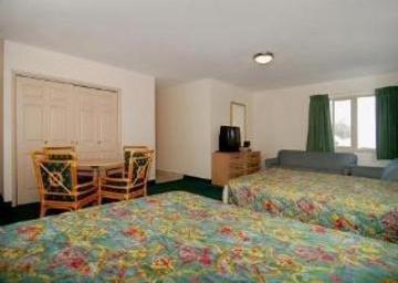 фото Rodeway Inn 847105489