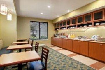 фото Hyatt Summerfield Suites Galleria 847124570