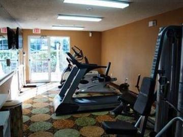 фото La Quinta Inn & Suites Dallas Las Colinas 847129235