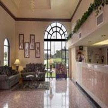 фото Travelodge Suites East Gate 847141422