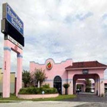 фото Travelodge Suites East Gate 847141424