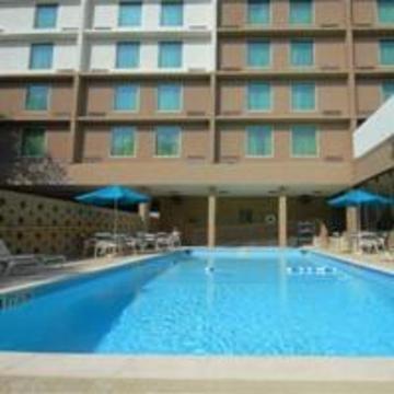 фото La Quinta Inn & Suites Little Rock Downtown Hotel 847153203