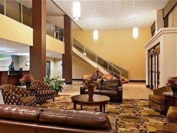 фото Holiday Inn Rockford I-90 Rt 20 State St 847220046