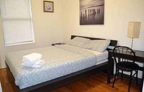 фото Woodward Apartments 854477429