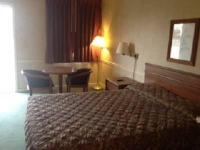 фото Waldorf Motel 881624260