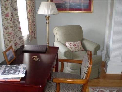 фото Compass Rose Inn 881624336