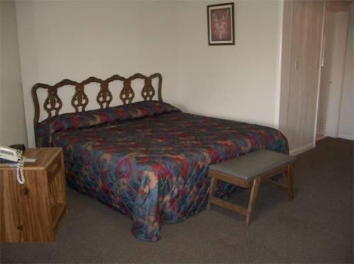 фото Treasure Trail Motel 881628524