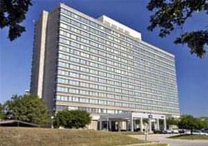 фото Plaza Hotel & Conference Southfield 881758978