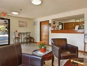 фото Super 8 Motel - Lewiston Auburn Area 881759102