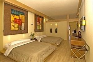 фото European Village Resort 881759854