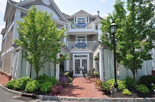 фото Inn on Main Hotel 882810457