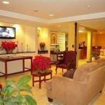 фото Travelodge Inn & Suites Albany Airport 885744075