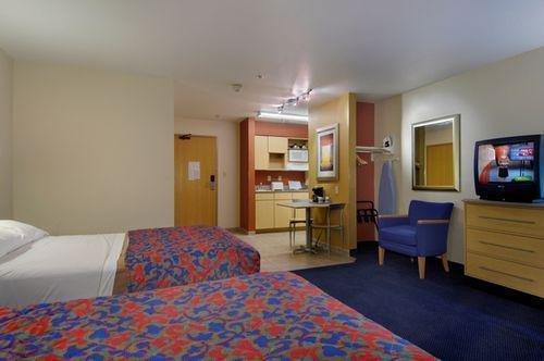 фото Red Roof Inn & Suites Corpus Christi 887542964