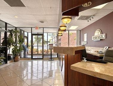 фото Quality Inn Airport & Cruise Port Inn 887586502