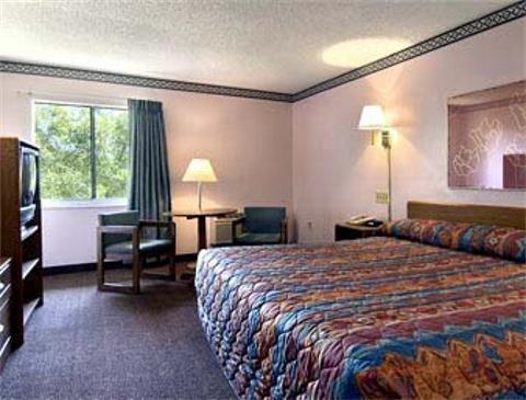 фото Motel 6 - Tampa Fairgrounds 887614729