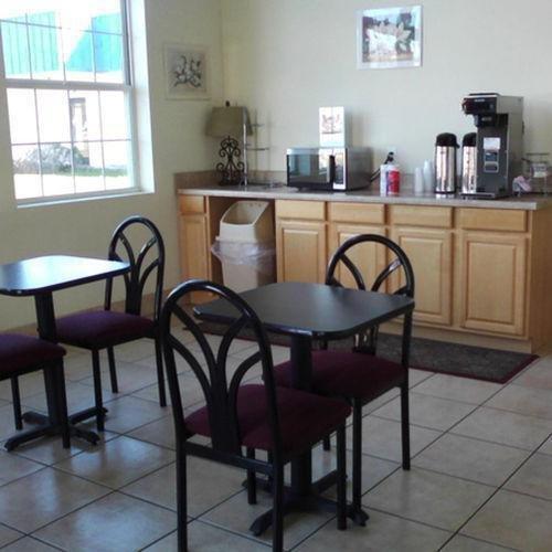 фото Clean Stay Inn & Suites Kingsl 887624644