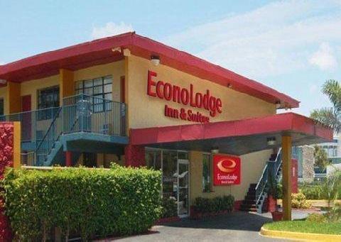фото Econo Lodge Inn & Suites 887744448