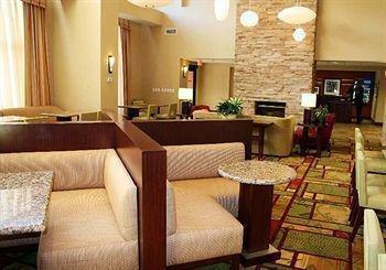 фото Hampton Inn Suites Poughkeepsi 887824748