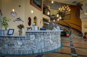 фото The Lodge- A Vagabond Inn Executive Hotel 905119874