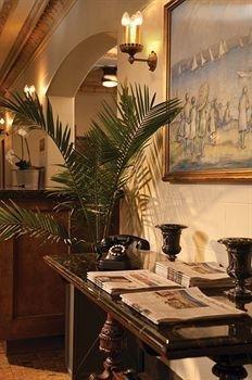 фото The Plaza Hotel 905125933