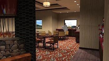 фото Holiday Inn Express Klamath Redwood Ntl Pk Area 905126393