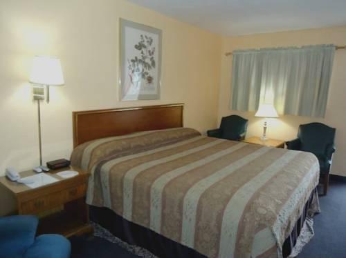 фото Coachman`s Inn Waldron 969482929