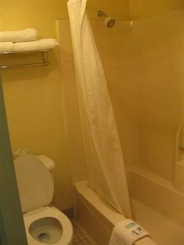 фото Rodeway Inn & Suites 969488025