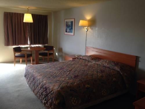 фото Fullerton Inn 969488825