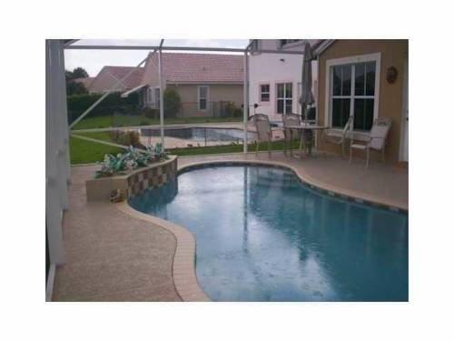 фото Executive Pool Home 969519883