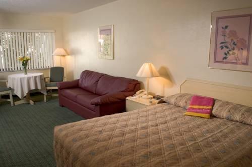 фото Cypress Cove Nudist Resort 969525564
