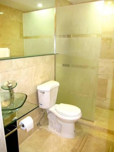 фото South Beach Executive Apartments 969528403