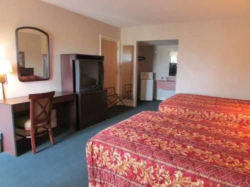 фото New Valdosta Inn and Suites 969537033