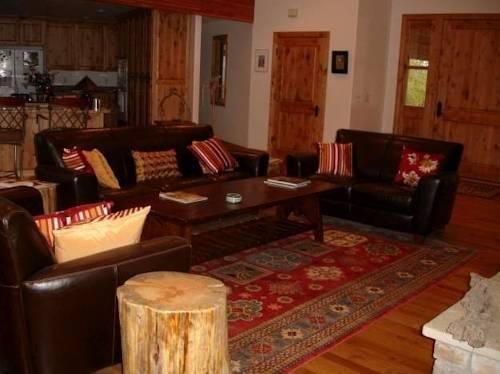 фото Fox Creek Inn Bed & Breakfast 969542532