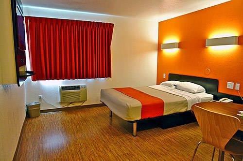 фото Motel 6 Chicago Southwest - Aurora 969542646