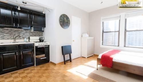 фото Downtown Studio Apartment 969543583