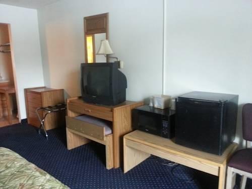 фото America`s Best Inn & Suites Clarksville 969545799