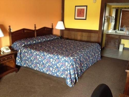 фото Stratford House Inn 969551440