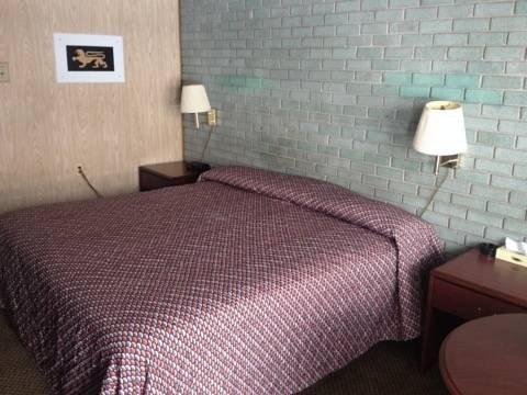 фото Dorchester Motel 969559948