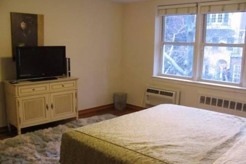 фото Superior Midtown East Apartments 969579656
