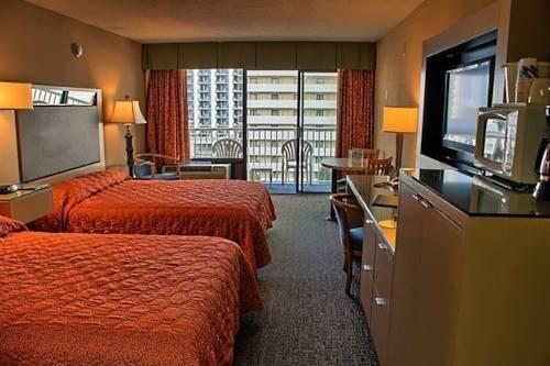 фото Captain`s Quarters Resort 969650741