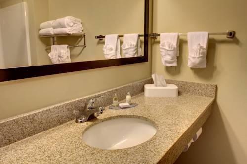 фото Cobblestone Inn & Suites Eads 969744069