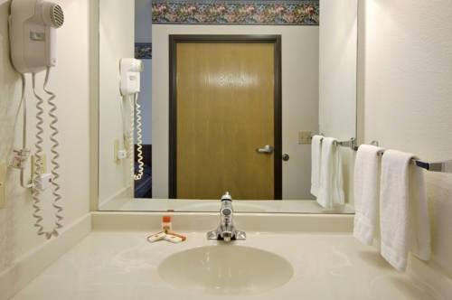 фото Super 8 Motel Pinetop 979709403