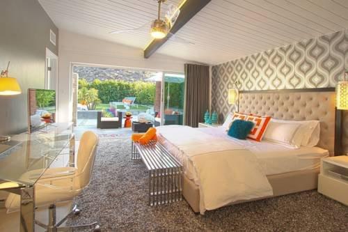 фото Mid-Century Luxury Estate 979746542